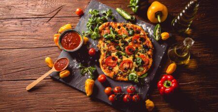 Vegetarian Χωριάτικη Πίτσα